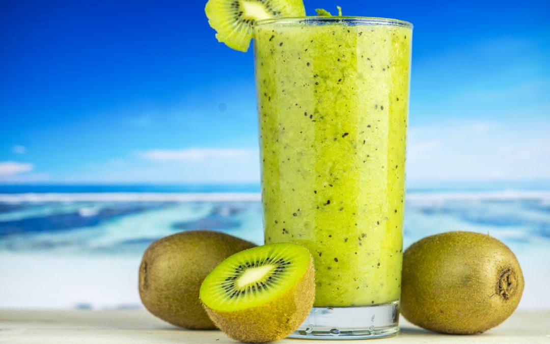 El kiwi, la fruta más hidratante para el verano