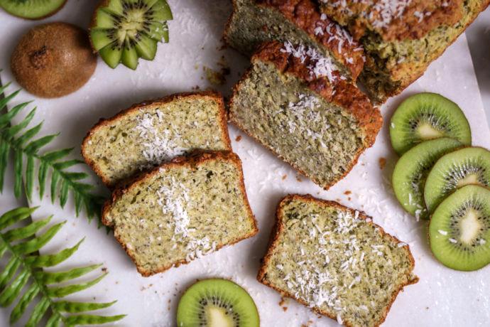 Un refrescante bizcocho de kiwi